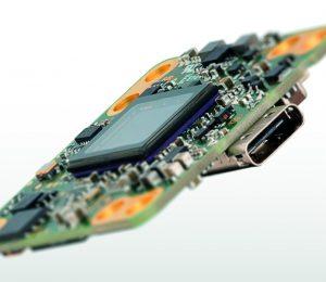 Erste Engineeringmuster der USB3.1 Gen 1 Industriekamera uEye LE mit USB-Typ-C-Anschluss für Design-Ins sind seit September erhältlich; der Serienproduktionsstart ist für Ende 2016 geplant. (Bild: IDS Imaging Development Systems GmbH)