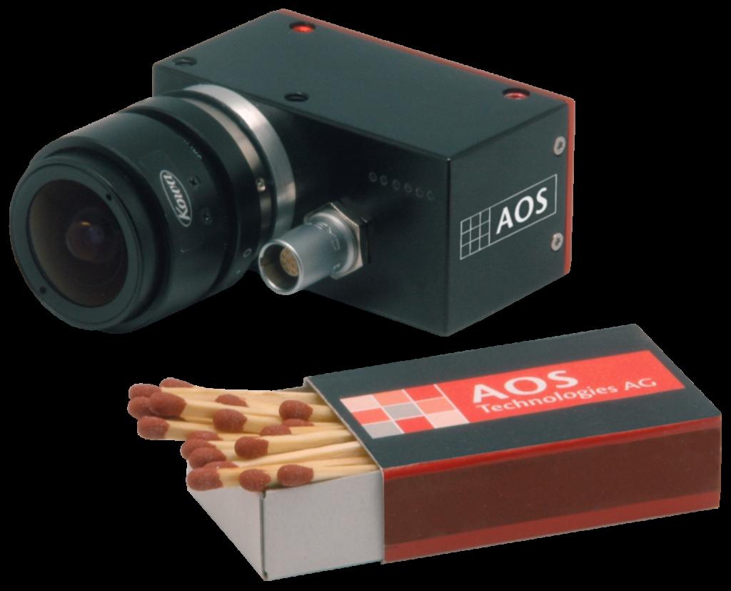 Die Miniatur-Onboardkamera Micro-G1 im Gr?ssenvergleich (Bild: AOS Technologies AG)
