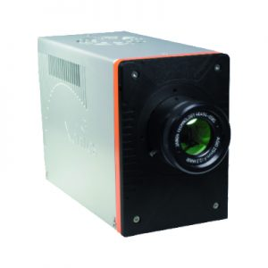 Cooled MWIR camera with two detectors