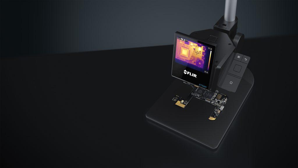 Die W?rmekamera ETS320 kommt beim Messen kleiner Komponenten mit einem 170?m kleinen Punkt pro Pixel aus. (Bild: Flir Systems GmbH)
