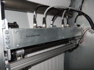 Bild 2 | Seit Ende 2015 sind die Mitsubishi Electric Line Scan Bars der AX3-Serie in den Farbdruckmaschinen von Canon im Einsatz. (Bild: Hunkeler)