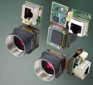 Die Phoenix-Kamera bietet auf einer Größe von 24x24mm die gleiche Leistung wie eine voll ausgestatteten GigE Vision PoE-Kamera. (Bild: Lucid Vision Labs Inc)
