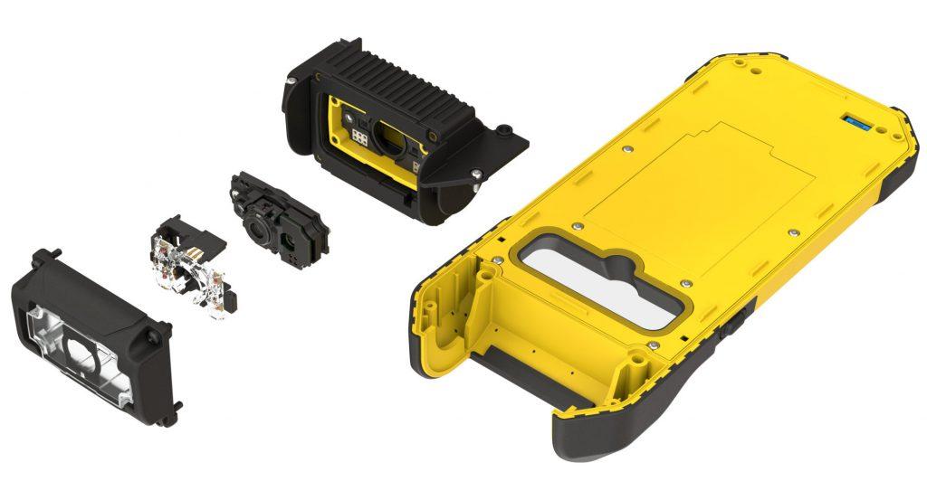 Beim MX-1502 wird ein handelsübliches Smartphone mit einem robusten Gehäuse und Lesekopf versehen, der die Scaneinheit und Optik enthält (Bild: Cognex Germany Inc.)