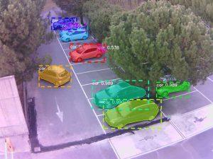 Deep-Learning-Systeme werden auch zum Erfassen und Zählen von Fahrzeugen und Personen eingesetzt. Zahlreiche weitere Deep-Learning-Neuheiten und Anwendungen sind auf der Vision 2018 zu sehen. (Bild: Neadvance)
