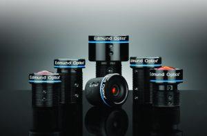 Um zukünftig eine standardisierte Kommunikation zwischen Objektiv und Kamera zu ermöglichen, entwickelt die EMVA derzeit den 'Open Lens Communication'-Standard. (Bild: Edmund Optics GmbH)