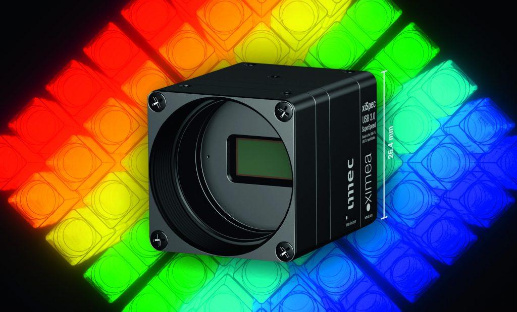 Bild 1 | Abmessungen von 26,4x26,4x30,2mm, ein Gewicht von 32g und eine niedrige Leistungsaufnahme von typischerweise 1,5W prädestinierten die Hyperspectral-Kamera xiSpec2 Kameras für einen Einsatz in mobilen Applikationen.  (Bild: Ximea GmbH)