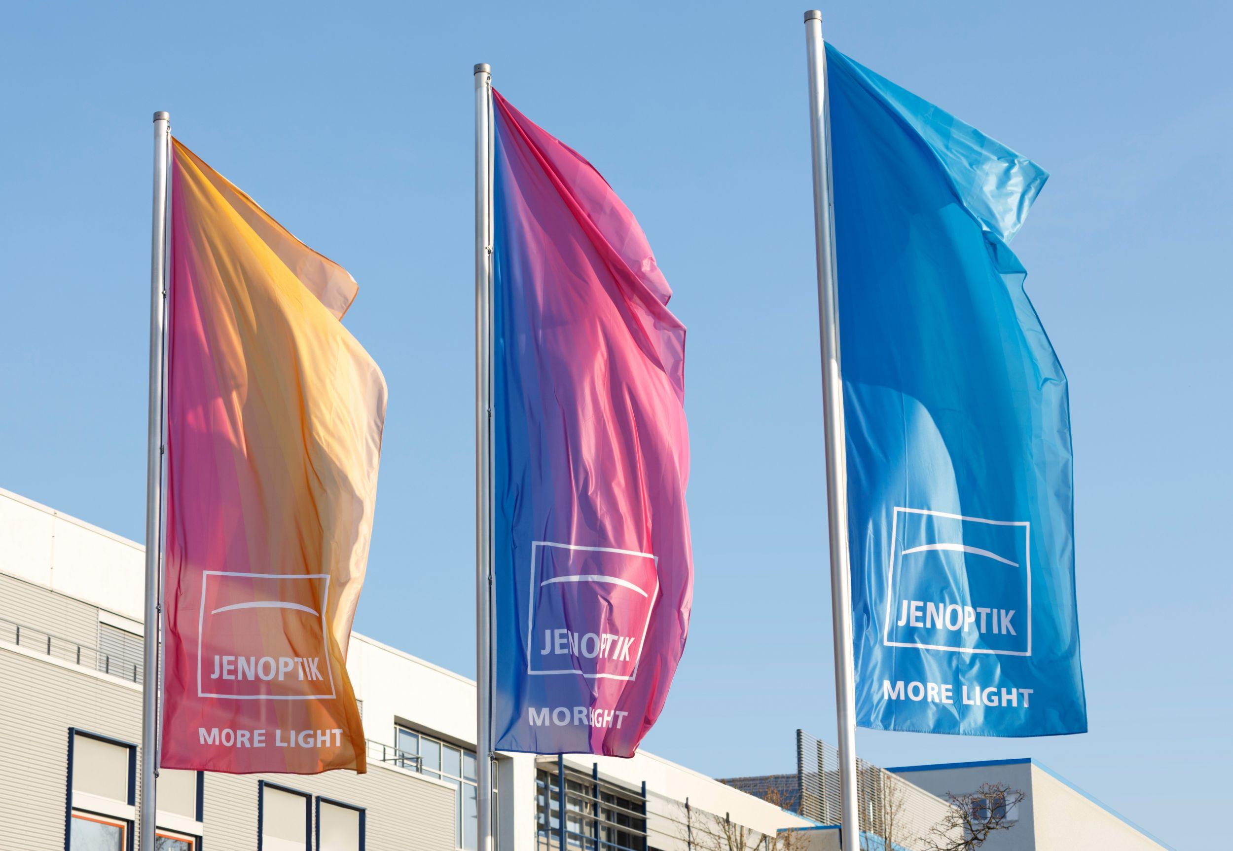 Jenoptik übernimmt Berliner Glas Medical und SwissOptic