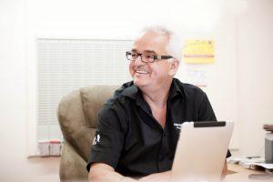 Flexibler arbeiten mit der Online-Lösung oder traditionell die Software auf den Rechner spielen? Diese Frage stellen sich viele Unternehmer. (Bild: Sage Software GmbH)
