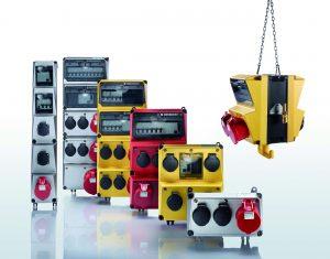 Mit den neuen abhängbaren AMAXX Steckdosen-Kombinationen rundet Mennekes die einzigartige Variantenvielfalt ab und bietet noch mehr Möglichkeiten für die Arbeitsplatzinstallation in Industrie, Handwerk und Gewerbe. (Bild: Mennekes Elektrotechnik GmbH & Co. KG)
