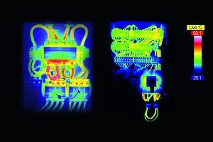 Thermografie des GAK: Ungünstig ausgelegter GAK mit deutlichen Hotspots in der Mitte des Aufbaus (links) sowie optimal ausgelegter GAK der neuen Generation mit gleichmäßiger Wärmeverteilung (rechts) (Bild: Phoenix Contact Deutschland GmbH)