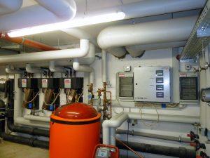 Kaskade und Regelungsschrank System 018 (Bild: Varmeco GmbH & Co KG)