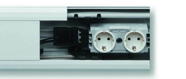 Neue 2- und 3-fach-Kanalsteckdosen von Hager