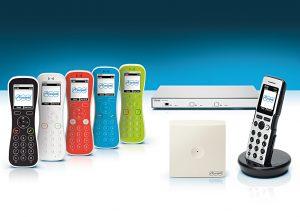 Comfortel IP-DECT-Telefone von Auerswald mit Server, Repeater und Basisstation (Bild: Auerswald GmbH)