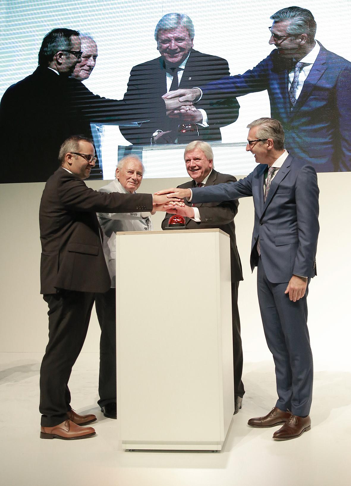 Uni Elekro eröffnet hochmodernes Logistikzentrum