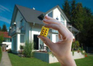 Die Smart Home-Plattform Digitalstrom vernetzt durchgängig alle analogen und digitalen Geräte im Heim untereinander und mit dem Internet in einem intelligenten Netzwerk. (Bild: Digitalstrom AG)