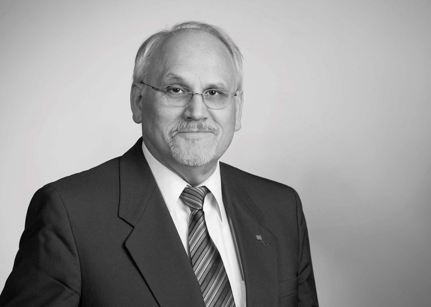 ZVEH-Ehrenpräsident Walter Tschischka verstorben