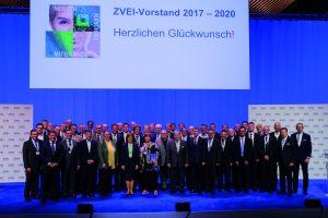 ZVEI-Vorstand-2017_Quelle ZVEI (Bild: MENNEKES Elektrotechnik GmbH & Co. KG)