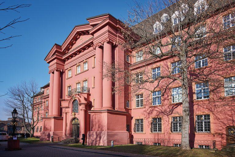 Herder-Verlag in Freiburg erstrahlt in neuem Licht