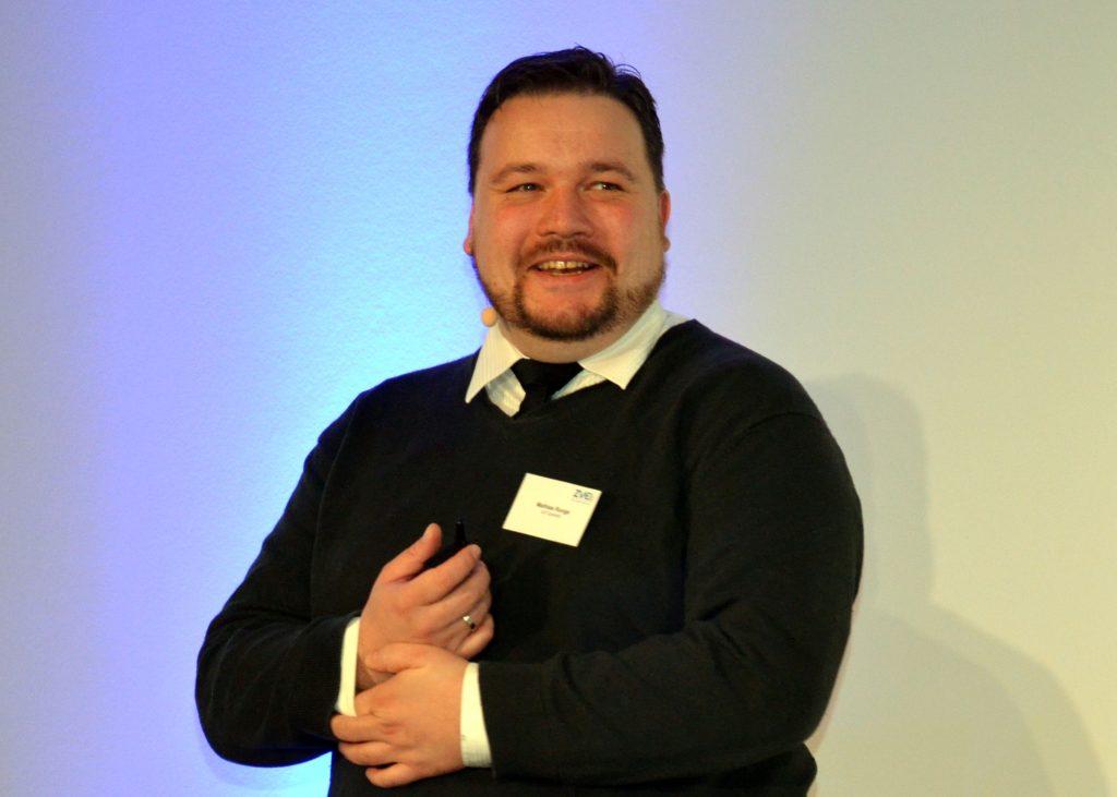 Wie andere Referenten auch nannte Mathias Runge von IoT Connctd eine einheitliche Ontologie und Semantik als zwingende Voraussetzungen für einen Nutzen IoT-fähiger Komponenten im Gebäudeumfeld. (Bild: TeDo Verlag GmbH)