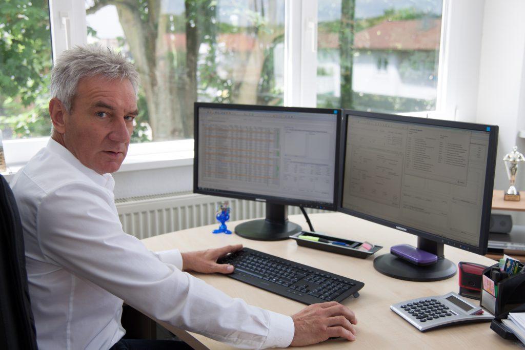 Wolfgang Metzger wünschte sich eine papierlose Archivierungsmöglichkeit aller Vorgänge in seinem Unternehmen. Dies war ausschlaggebend für den Softwarewechsel zur All-In-One Branchensoftware Streit V.1 mit integriertem Dokumentenmanagement. (Bild: Streit Datentechnik GmbH)
