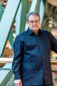 Pierre Gronau gibt als Sicherheitsberater (der auch Mitglied des Chaos Computer Clubs, der Teletrust und der Cloud Security Alliance ist) konkrete Sicherheitstipps zur Reduzierung von Sicherheitslücken vernetzter Devices. (Bild: Gronau IT Cloud Computing GmbH)