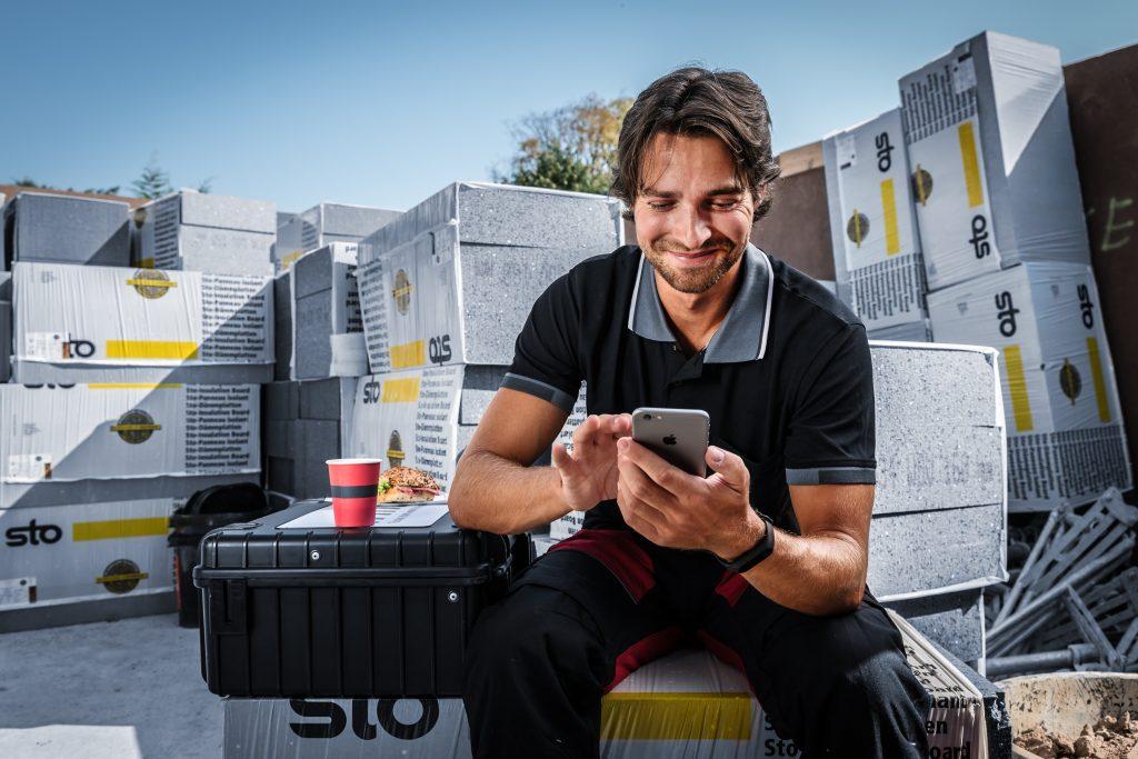 """Die Dokumentation der Projekte und allgemeiner """"Papierkram"""" nehmen viel Zeit in Anspruch. Digitale Service wirken dem entgegen und gestalten Abläufe effizienter. (Bild: Sonepar Deutschland GmbH)"""