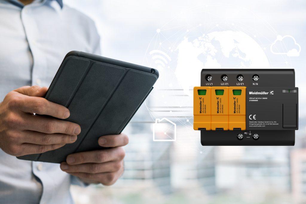 Der neue Überspannungsschutzableiter vom Typ VPU AC IoT vereint die Funktionen eines leistungsstarken Überspannungsschutzes mit denen eines intelligenten IoT-Geräts. (Bild: Weidmüller Gruppe)