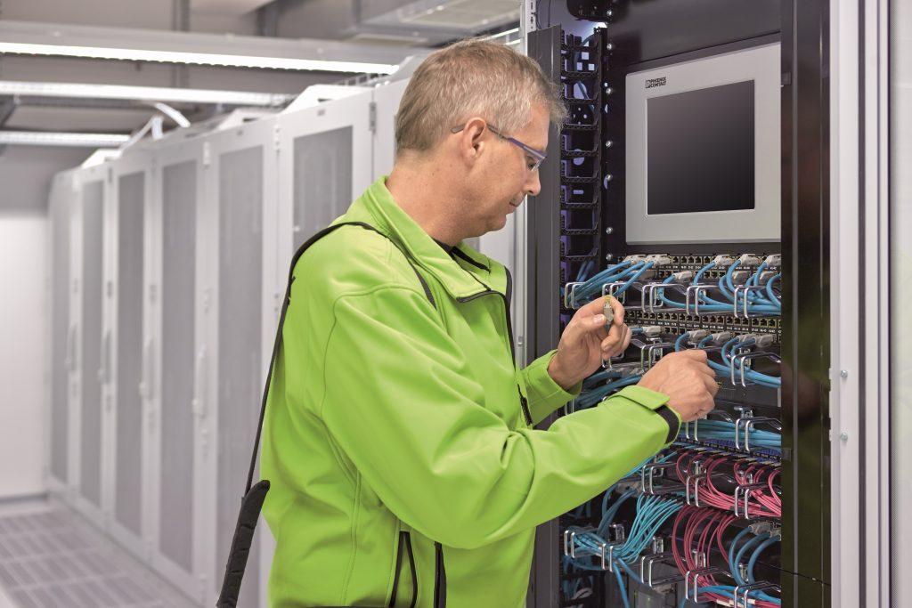 4,8 Zettabyte an Daten – so viel soll 2022 zwischen Rechenzentren und Endgeräten übertragen werden (Bild: Phoenix Contact Deutschland GmbH)