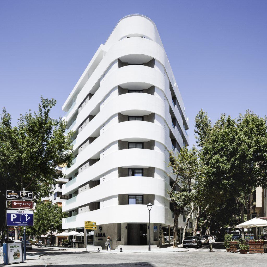 Das Hotel Lima in Marbella wurde umfassend neu gestaltet und mit einer zweischaligen Außenwand umhüllt. (Bild: Tridonic GmbH & Co. KG)