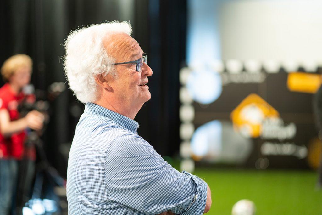 Dirk Giersiepen kündigte seinen Wechsel in den Aufsichtsrat in einem Jahr an, den kaufmännischen Bereich wird ab diesem Zeitpunkt Sebastian Marz übernehmen. (Bild: Gira)