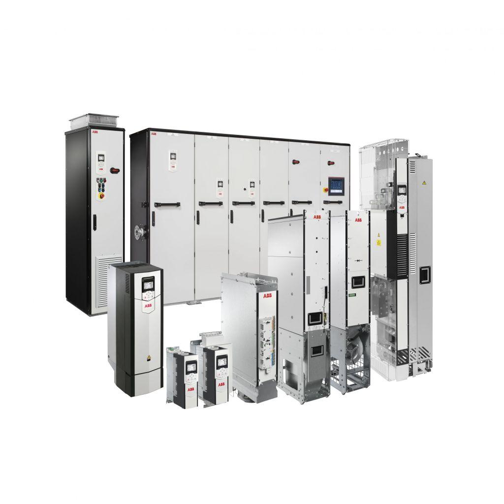 Mit der Baureihe ACS880 hat ABB eine vielseitige Umrichterfamilie im Portfolio.