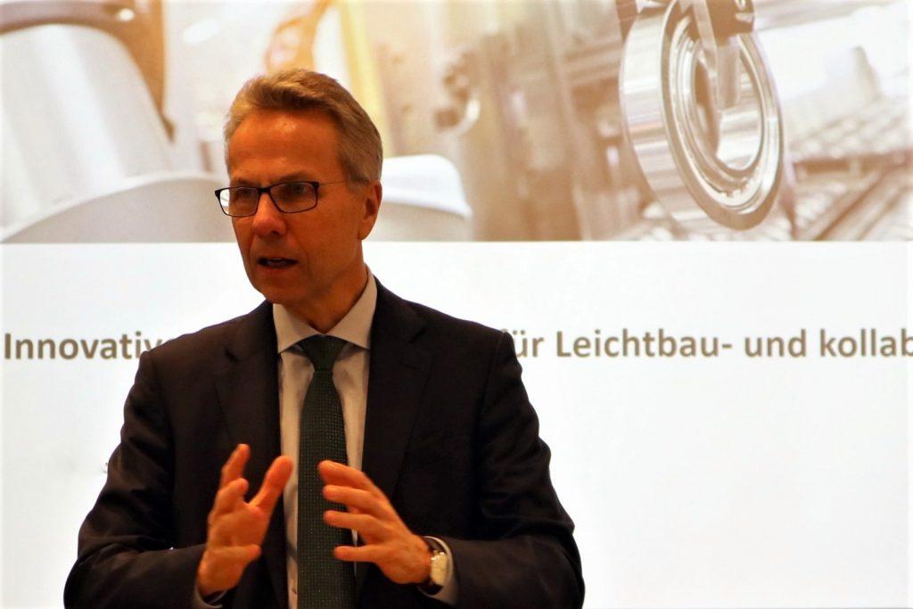Dr. Stefan Spindler, Vorstand Industrie der Schaeffler AG: