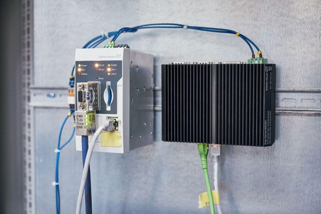 Mit dem Fieldgate SFG500 und dem Edge Device SGC500 erfolgt der vollautomatische Scan des Profibus-Netzwerks.
