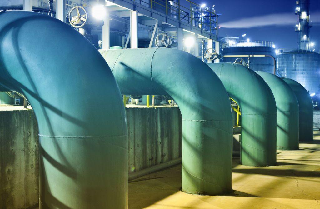 Die Sicherheit von Ölpipelines und anderer kritischer Infrastruktur kann durch unzureichende OT Security gefährdet sein.