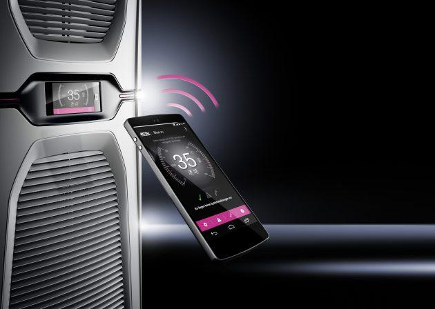 Die Near-Field-Communication-Schnittstelle (NFC) ermöglicht eine einfache Parametrierung mehrerer Kühlgeräte über ein NFC-fähiges mobiles Endgerät. (Bild: Rittal GmbH & Co. KG)