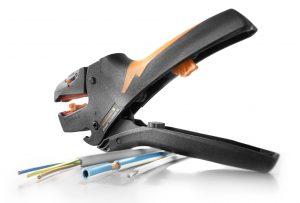 Abisolierwerkzeug für Querschnitte von 2,5 bis 10mm