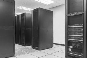 International tätige Großbanken haben besonders hohe Anforderungen, wenn es um die Sicherheit ihrer Server geht. (Bild: © audy_indy/fotolia.com)
