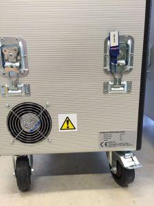 Die Druckstufe für die Leckagemessung ist für den Service über Butterfly-Schlösser gut zugänglich. (Bild: Santox Gehäuse-Systeme GmbH)