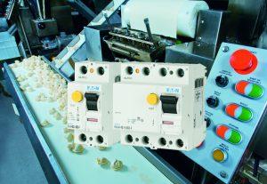 Die Fehlerstrom-Schutzschalter des Typs F erfassen Fehlerströme gemäß IEC62423, die sich aus einem Frequenzgemisch bis 1kHz zusammensetzen. (Bild: Eaton Industries GmbH)