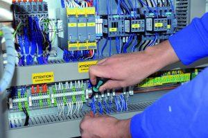 Montage und Abnahme der Schaltränke erfolgt gemäß Kundenvorgaben und gängigen Vorschriften im Hause Baader (Bild: WSCAD electronic GmbH/Baader GmbH & Co.)