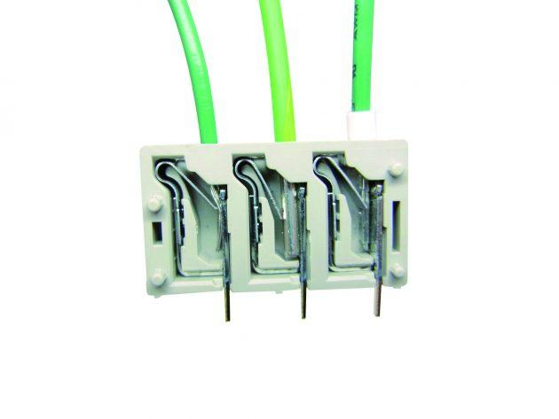 Neue Kabelsteckverbinder sparen Zeit und Platz