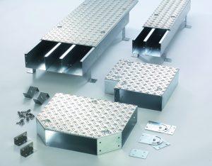 Die begehbaren Kabelkan?le von Pflitsch sind in sieben Querschnitten von 100 bis 600mm Breite erh?ltlich. (Bild: Pflitsch GmbH & Ko. KG)