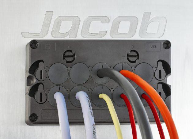 Kabeldurchführungsleiste für 25 Leitungen