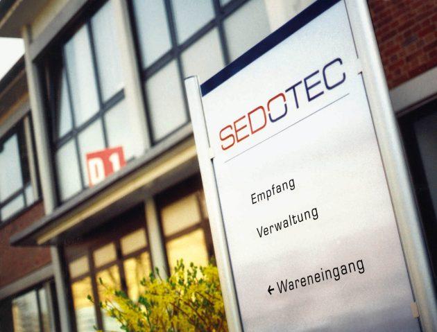 Nach der ?bernahme der ABB-Fertigung 2004 hat Sedotec bewiesen, dass die Blech- und Kupferteilefertigung in Deutschland erfolgreich sein kann. (Bild: Sedotec GmbH &Co. KG)