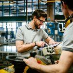 IW-Konjunkturumfrage und -prognose: Fachkräftemangel bremst Wachstum