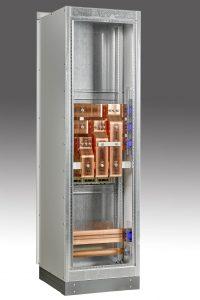 Weil Vamocon-Kupplungen Platz sparend bauen, passt beispielsweise eine Kupplung für Anlagen bis 3.200A exakt in ein Leistungsschalterfeld mit 600mm Breite. (Bild: Sedotec GmbH &Co. KG)