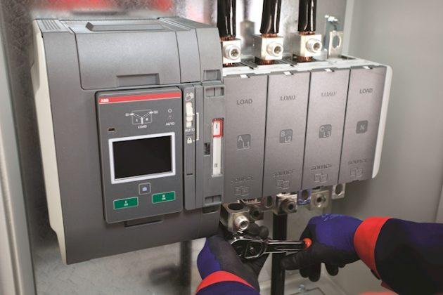Bei der Installation reicht der Anschluss durch ein einziges Kabel, wodurch Engineering-Aufwand und Installationszeiten minimiert werden. (Bild: ABB AG)
