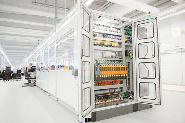 Die neuen I/O-Module messen die Temperatur und die Luftfeuchtigkeit im Schaltschrank und speichern, wie lange die Werte in definierten Bereichen liegen. (Bild: B&R Industrial Automation GmbH)