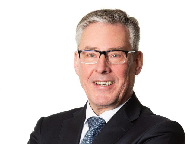 Als neuer Geschäftsführer der LFS Technology treibt Frank F. A. Thomas die Ausweitung der Lohmeier-Produktpalette vom Schaltschrankbau bis zur Maschinenverkleidung voran (Bild: LFS Technology GmbH)