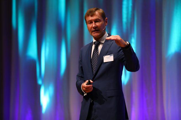 Klaus Helmrich, Mitglied des Vorstands der Siemens AG, beim